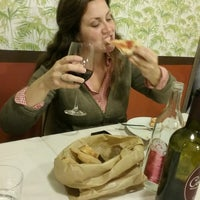 Photo taken at Pizzeria La Conca by Lyn on 10/6/2016