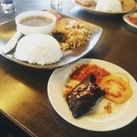 Photo taken at Brasserie   Bakery & Café by Dany Kurniawan on 8/20/2015