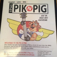Photo taken at Pik n Pig by Kira K. on 5/29/2013