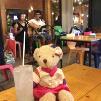 Photo taken at 9E Furniture Bar by Daa 헬. on 6/25/2015