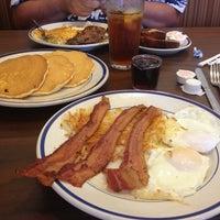 Photo taken at Bob Evans Restaurant by Marjorie W. on 8/14/2013