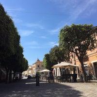 Foto scattata a Carducci Cafè & Pizza da Paola C. il 5/30/2015