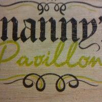 Das Foto wurde bei Nanny's Pavillon - Terrace von bernadethhmarch am 11/17/2012 aufgenommen