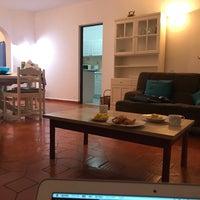 Foto tirada no(a) Rocha Brava Village Resort por Ayana K. em 9/5/2017