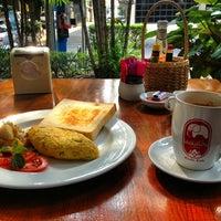 Photo taken at Elefin Coffee House by Bangkok L. on 1/31/2013