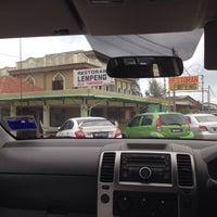 Photo taken at Restoran Lempeng by Ikram A. on 7/22/2016