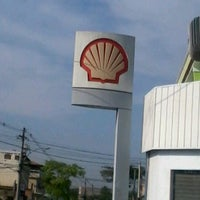 Photo taken at Posto Shell by Bruno S. on 10/5/2012