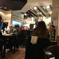 Foto scattata a Restaurante Pernil da David G. il 3/27/2013