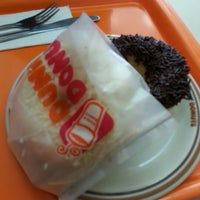 Photo taken at Dunkin Donut Setiabudhi by linda z. on 8/19/2013
