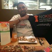 Photo taken at Pizza Fusion by Sameer's E. on 9/20/2012