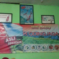 Photo taken at Mie Baso H. Oding / AGA by Astried S. on 8/11/2013