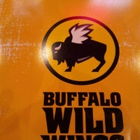 Photo taken at Buffalo Wild Wings by ms r. on 1/9/2013