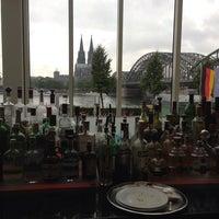 Das Foto wurde bei Hyatt Regency Cologne von Denis K. am 9/10/2013 aufgenommen