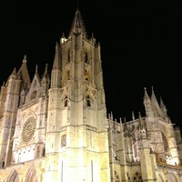 Photo taken at León Cathedral by Luis E. on 3/29/2013