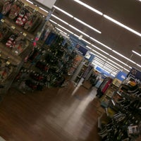 Photo taken at Walmart Supercenter by Donatella R. on 5/31/2016