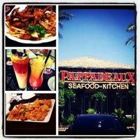 Photo taken at Pappadeaux Seafood Kitchen by J L. on 10/8/2012