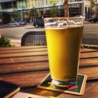 Foto scattata a World of Beer da Brian R. il 4/16/2013