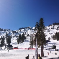 Photo taken at Alpine Meadows Lodge by Osamu Y. on 2/11/2013