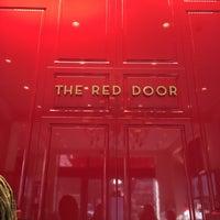 Foto tirada no(a) The Red Door Salon & Spa Union Square por Christine A. em 9/23/2016