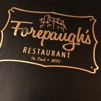 Foto tomada en Forepaugh's Restaurant por Christine A. el 12/23/2017