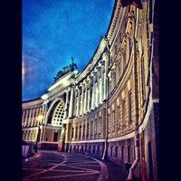 Снимок сделан в Дворцовая площадь пользователем Nobody 7/25/2013