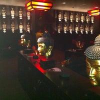 Photo taken at ZENZAKAN - Pan Asian Supperclub by Samet B. on 1/10/2013