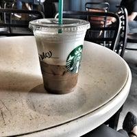 9/15/2018 tarihinde Burcuziyaretçi tarafından Starbucks'de çekilen fotoğraf