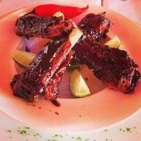Photo taken at Moana Restaurante - Gastronomia e Arte by André L. on 7/26/2013