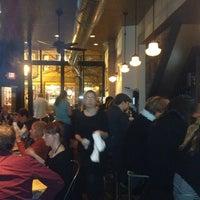 รูปภาพถ่ายที่ Coppa โดย Jacques A. เมื่อ 11/28/2012