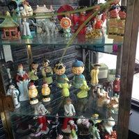 5/25/2013에 Ozzy님이 Madame Zuzu's Tea House에서 찍은 사진