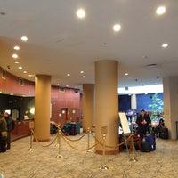 Снимок сделан в The Watson Hotel пользователем yuki_air 2/18/2014