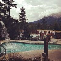 รูปภาพถ่ายที่ Scandinave Spa Whistler โดย georgiana เมื่อ 4/6/2013
