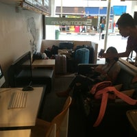 Photo taken at 5footway.inn Project Chinatown 2 by Giift_NK N. on 5/18/2016