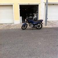 Photo taken at Quadrado - motos by Bruno C. on 4/30/2013
