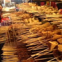 Photo taken at Pasar Malam Jalan Tuanku Abdul Rahman by Leeya M. on 1/5/2013