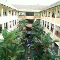 Photo taken at Sekolah Berprestasi Tinggi SK Seksyen 9, Shah Alam by Nik F. on 6/21/2016