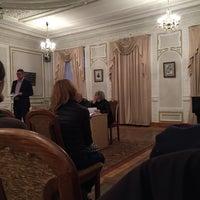 Снимок сделан в Київський будинок вчених НАН України пользователем Basileus Z. 3/28/2017