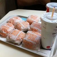Foto tomada en McDonald's por Carlos C. el 5/27/2013
