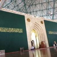 Photo taken at Masjid Agung Al-Ukhuwwah by fendy on 10/28/2012