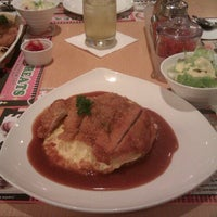 Photo taken at Mr. Curry by Arden G. on 9/29/2012