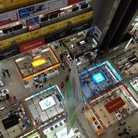 Photo taken at Huaqiang Electronics Market by Koshiba H. on 10/27/2012