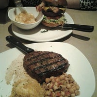 Foto tirada no(a) Bonefish Grill - Closed por Vish S. em 3/19/2013