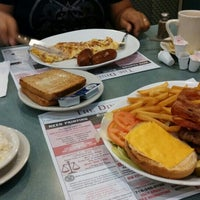 Photo taken at Clairmont Diner by Vish S. on 9/6/2015