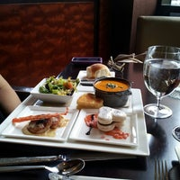 Foto tomada en EDGE Restaurant And Bar At Four Seasons Hotel Denver  por Gregory A. el 2/14/2013