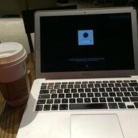 Photo taken at Starbucks by Eduardo O. on 6/24/2014