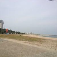 Photo taken at Suma Coast by かわべえ on 6/5/2013