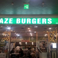 Photo taken at Kraze Burgers by Hardiyanti P. on 1/21/2013