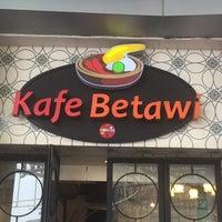 Photo taken at Kafe Betawi by Uga on 7/10/2016