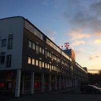 Das Foto wurde bei Deutsche Telekom Campus von Evgeny I. am 12/7/2017 aufgenommen