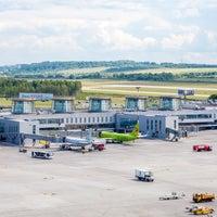 Снимок сделан в Международный аэропорт Пулково (LED) пользователем Pulkovo Airport 8/28/2017